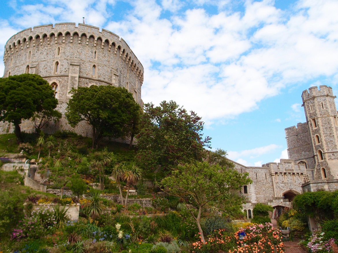 London Sightseeing - Windsor Castle & Garden - http://iamsherrelle.com