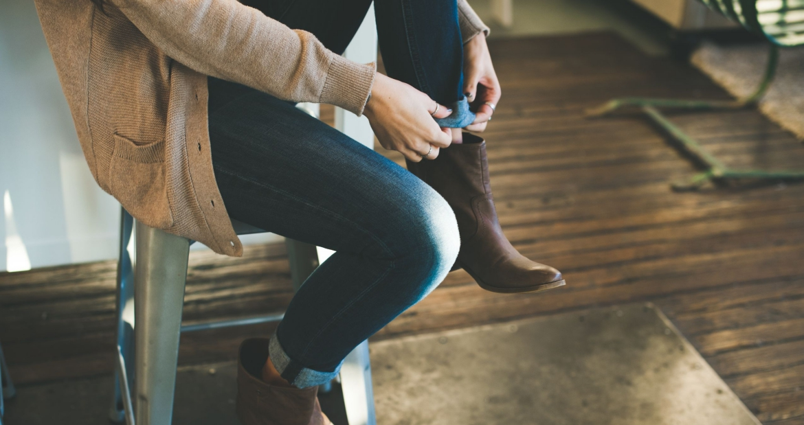 how to keep your jeans looking new - http://iamsherrelle.com